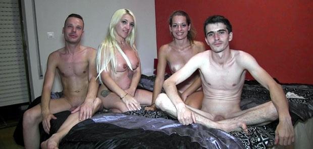Orgia con Yogurines. Clases de Sexo de la Madurita a Vanesita y a los Pipiolos