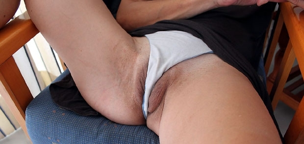 Fotos para que os hag�is una idea del pedazo de co�o que tiene mi mujer