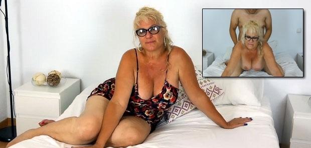Me follé a la Señora Fina de 63 años pensando en mi Abuela