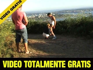 VIDEO TOTALMENTE GRATIS DE 25 MINUTOS....Maria haciendo Dogging con 2....Pulsa Aqui!