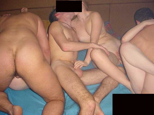 Home group sex - 20 photos.